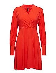 Yasavia Ls Dress