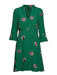 YASAVIRALA 3/4 DRESS - VERDANT GREEN