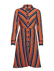 YASSTRILLA SHIRT DRESS - CINNAMON STICK