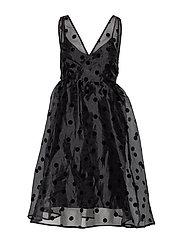 YASOLIVIA SPENCER DRESS - SHOW - BLACK