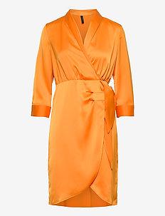 YASCADMI 3/4 DRESS S. - omlottklänning - cadmium yellow