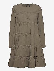 YASSHILO LS DRESS - ICON S. - korte kjoler - black olive