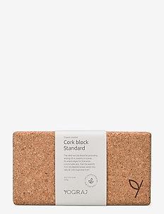 Cork block, standard - YOGIRAJ - yogablokken en -riemen - natural