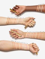 Yves Saint Laurent - Touche Éclat - concealer - 1.5 luminous silk - 2