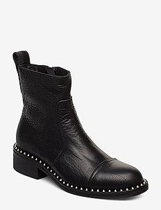 empress clous shoes - BLACK