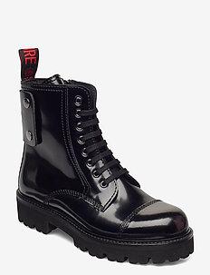 MORISSON GLOSSY - flade ankelstøvler - black