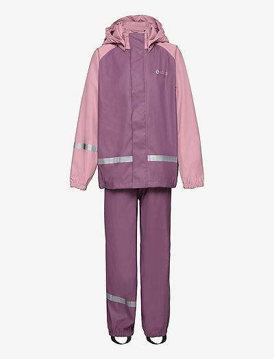 Gilbo PU Set W-PRO 5000 - sets & suits - berry conserve