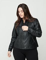 Zizzi - Leather Jacket Plus Size Pockets Zip Close-Fitting - skinnjackor - black - 0