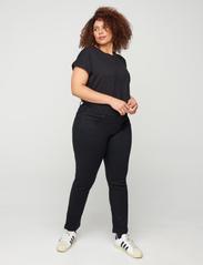 Zizzi - Emily Jeans Plus Size Slim Fit Size Regular Waist - slim jeans - black - 3