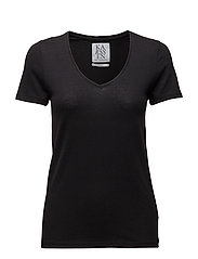 LOOSE FIT LOW V-NECK TEE - PIRATE BLACK